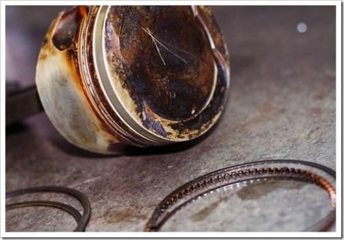 Как поставить поршневые кольца?
