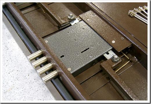 Как установить замок на входную металлическую дверь