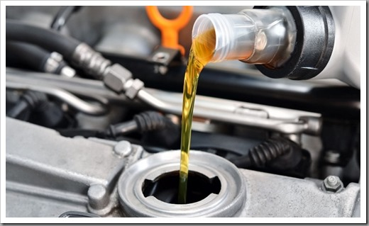 Как заменить моторное масло в двигателе авто