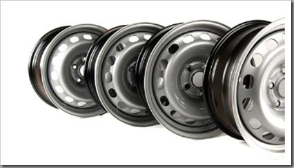 Стальные колесные диски – это долговечные изделия, которые легко можно восстановить при деформации, прочны, долговечны и доступны